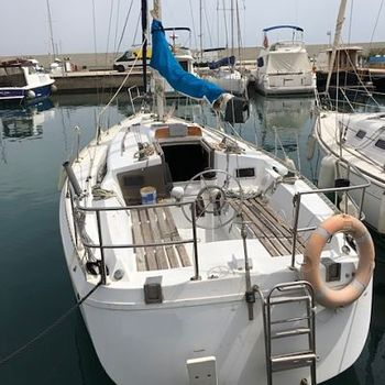 Inboard diesel engines for professional boats, Worldwide service,
